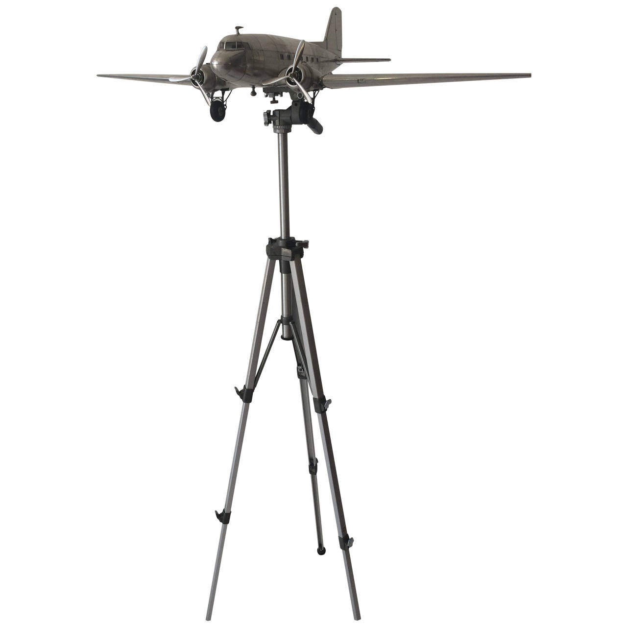 DC 3 Airplane Scale Model With Adjustable Tripod 1