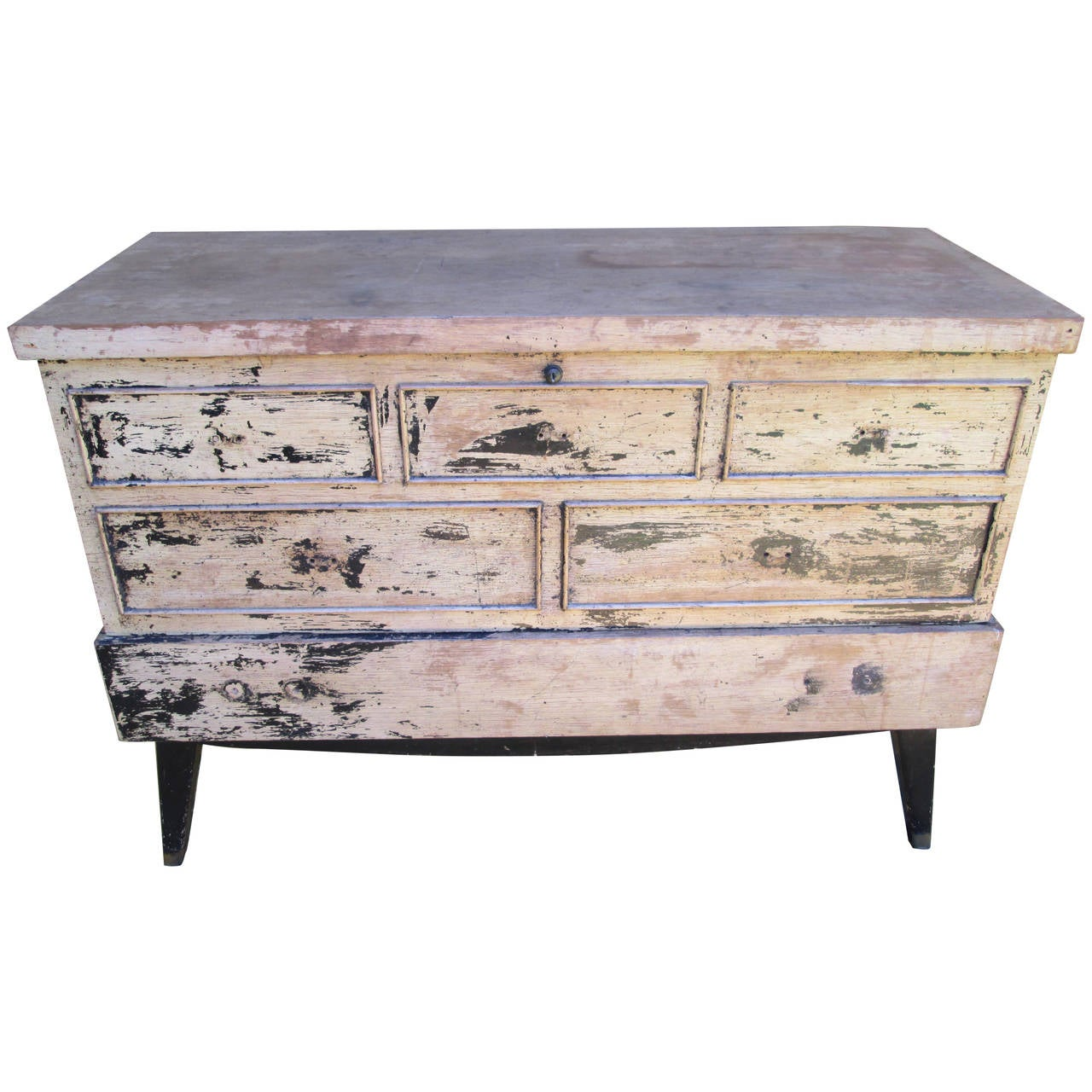 black single men in cedar lane When determining the value of your lane cedar chest, the year that it was made and the style are two of the main factors to consider  a single-lid chest built in .