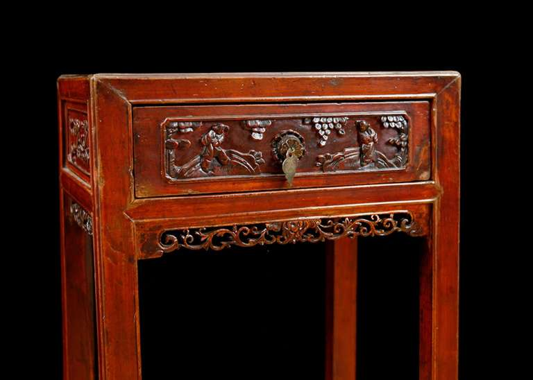 Chinese Qing Table in Elm with Original Cinnabar Lacquer, China, circa 1790 For Sale