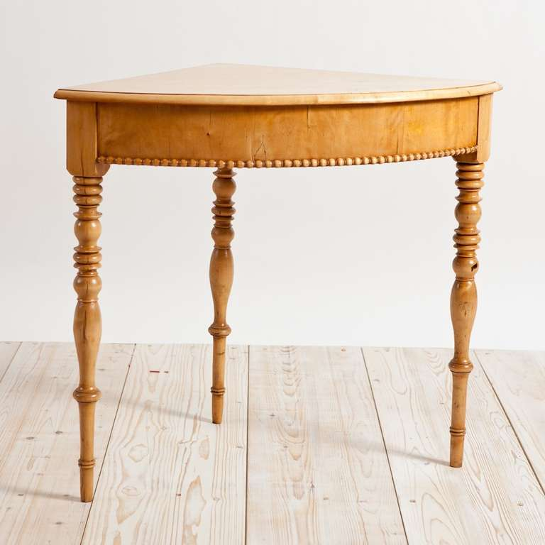 Swedish karl johan corner table in birch circa 1825 for for Furniture 1825
