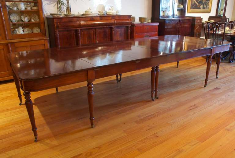 Two Part English Banquet Dining Table in Mahogany with  : DSC3909l from www.1stdibs.com size 768 x 519 jpeg 46kB