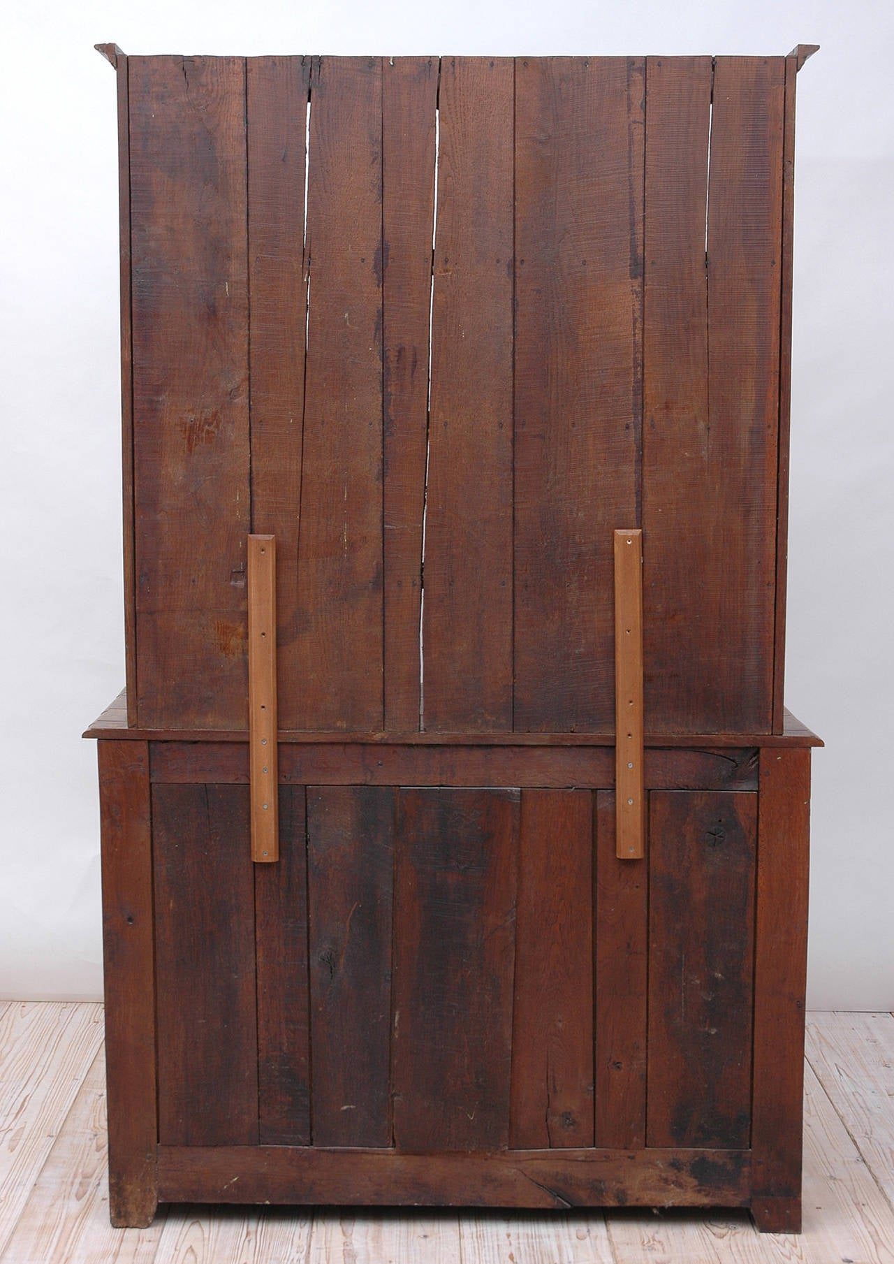 19th Century French Cupboard with Dish Rack or Vaiselier in Oak For Sale 4