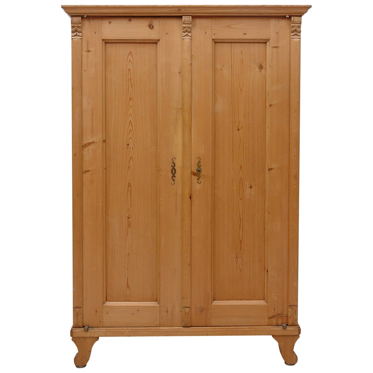 19th century austrian armoire in pine at 1stdibs. Black Bedroom Furniture Sets. Home Design Ideas