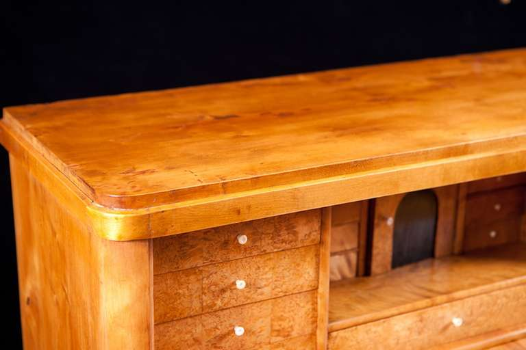 Swedish Karl Johan Chest of drawers With Fall Front Secretary in Fire Birch In Good Condition For Sale In Miami, FL