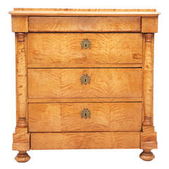 Antique Swedish Blonde Biedermeier 5 Drawer Chest in Quilted Birch, c. 1830