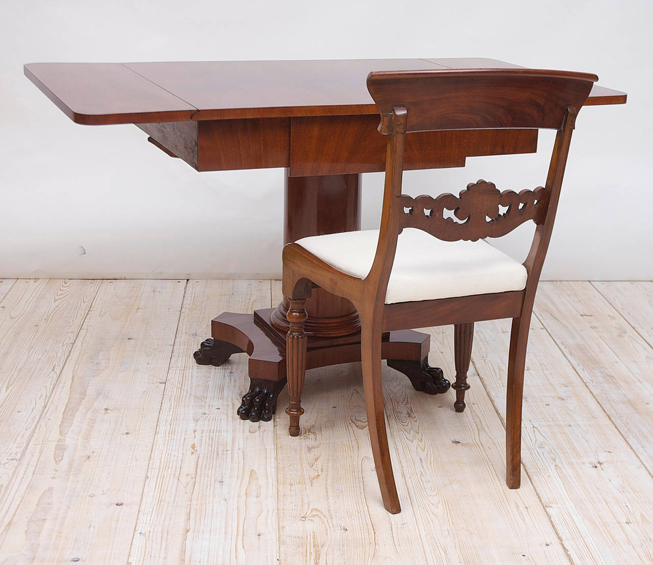 Biedermeier Writing Desk or Sofa Table in Mahogany, Sweden, circa 1840 In Good Condition For Sale In Miami, FL