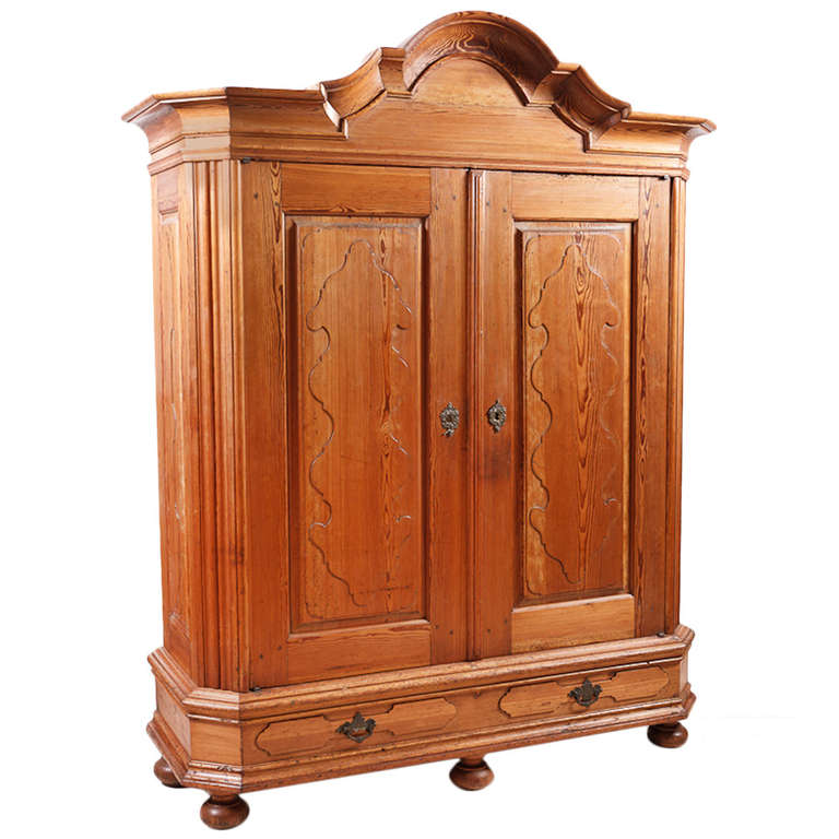 north german kiefer pine armoire with hand carved bonnet. Black Bedroom Furniture Sets. Home Design Ideas