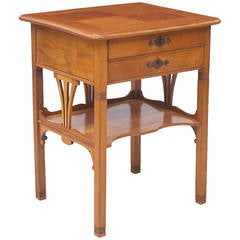 Jugendstil Side Table in Walnut and Walnut Parquetry