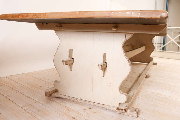 11' Swedish Gustavian-Style Oak Farmhouse Table w/ Painted Trestle Base, c 1850 In Good Condition For Sale In Miami, FL