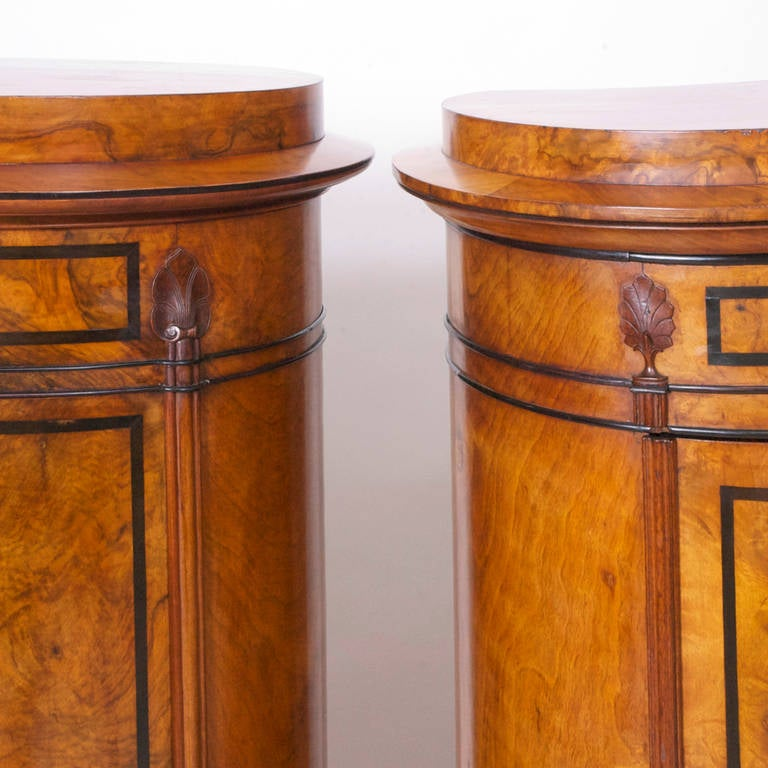 Pair of Danish Empire and Biedermeier Cylinder Cabinets in Burled Walnut For Sale 1