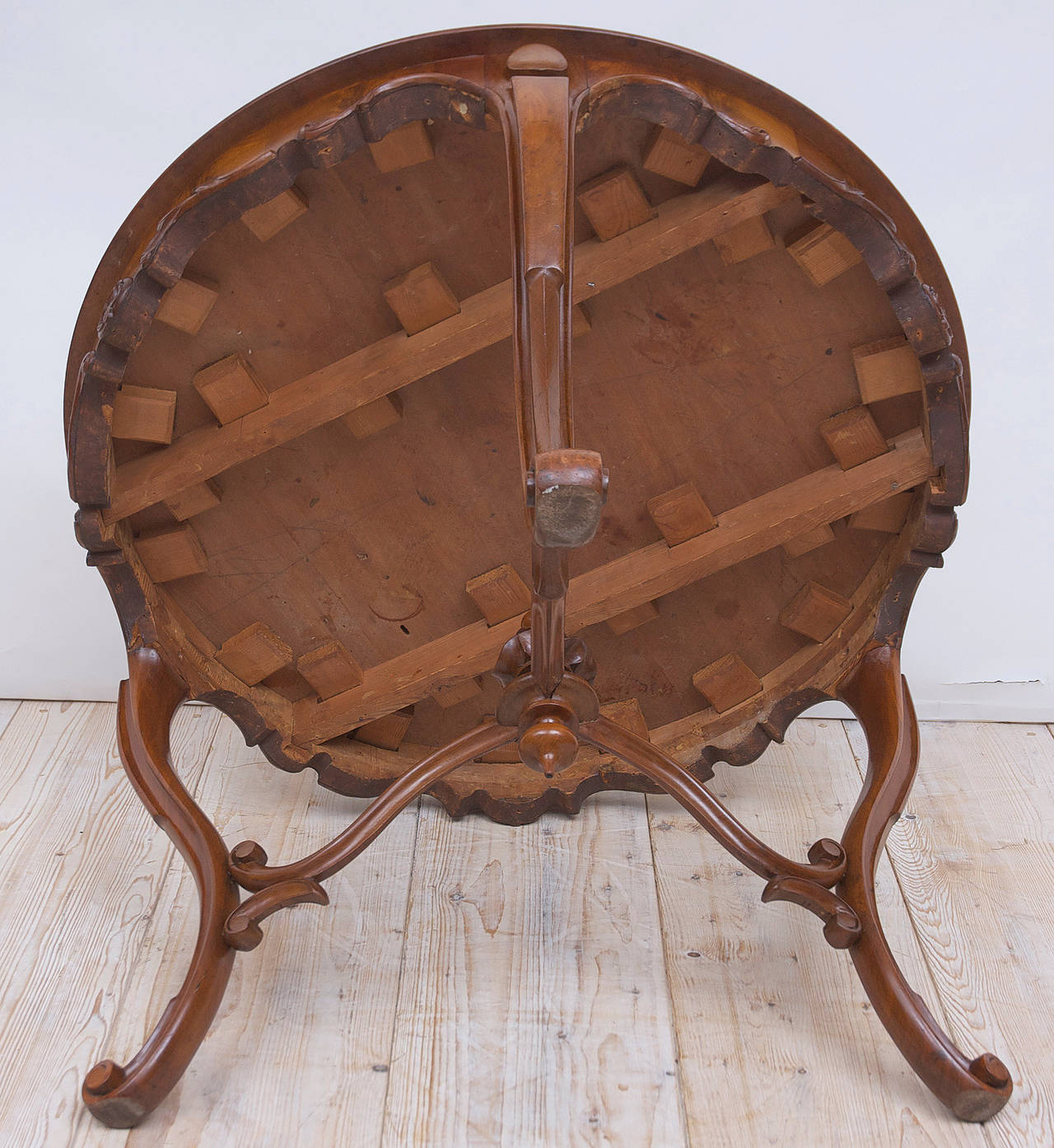 19th Century Italian Center Table with Mosaic Marquetry on Round Top 10