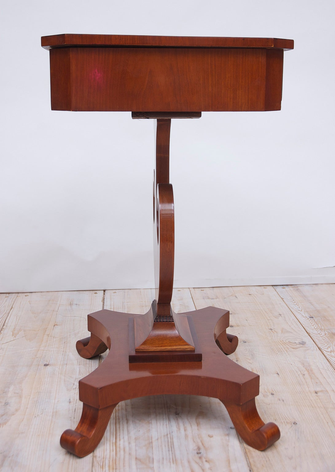 Antique Karl Johan Side Table with Lyre Base in Mahogany, Sweden, circa 1845 For Sale 2
