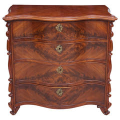 19th Century Scandinavian Chest of Drawers with Serpentine Front in Mahogany
