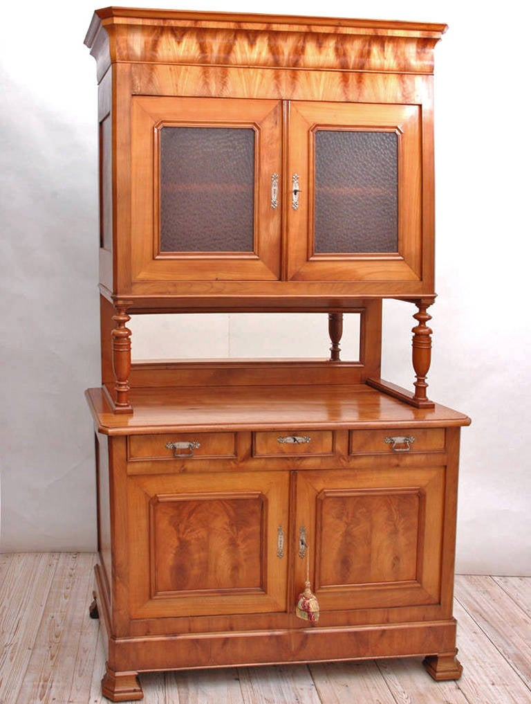 French Louis Philippe Buffet a Deux Corps in Cherry, circa 1840 For Sale 3