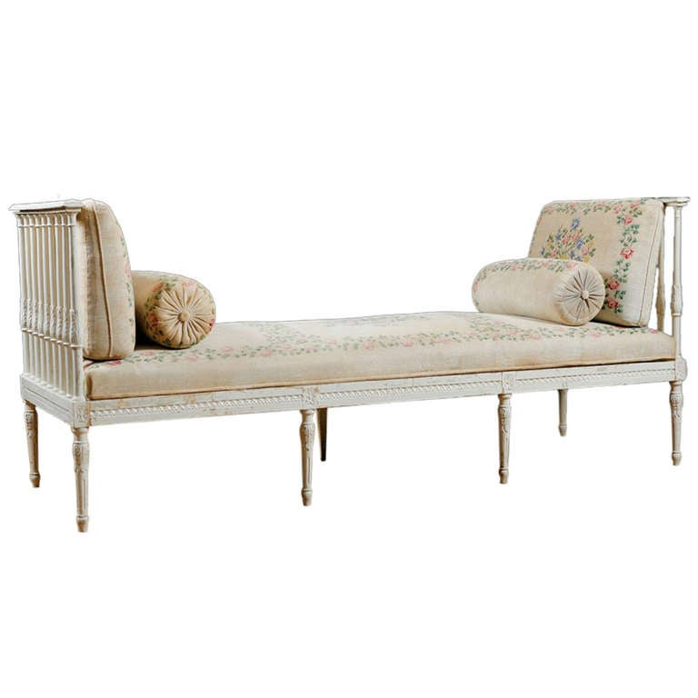 Swedish Banquette Or Daybed With Vintage Hand Painted Fabric Mid 1800s At 1stdibs