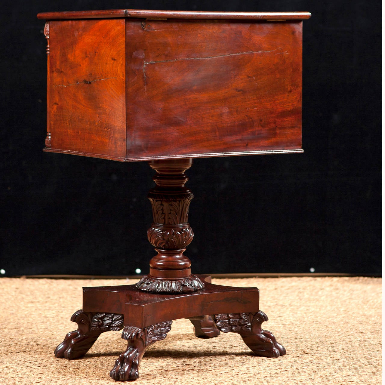American Empire Side Table with Writing Surface in Mahogany, circa 1825 For Sale 3