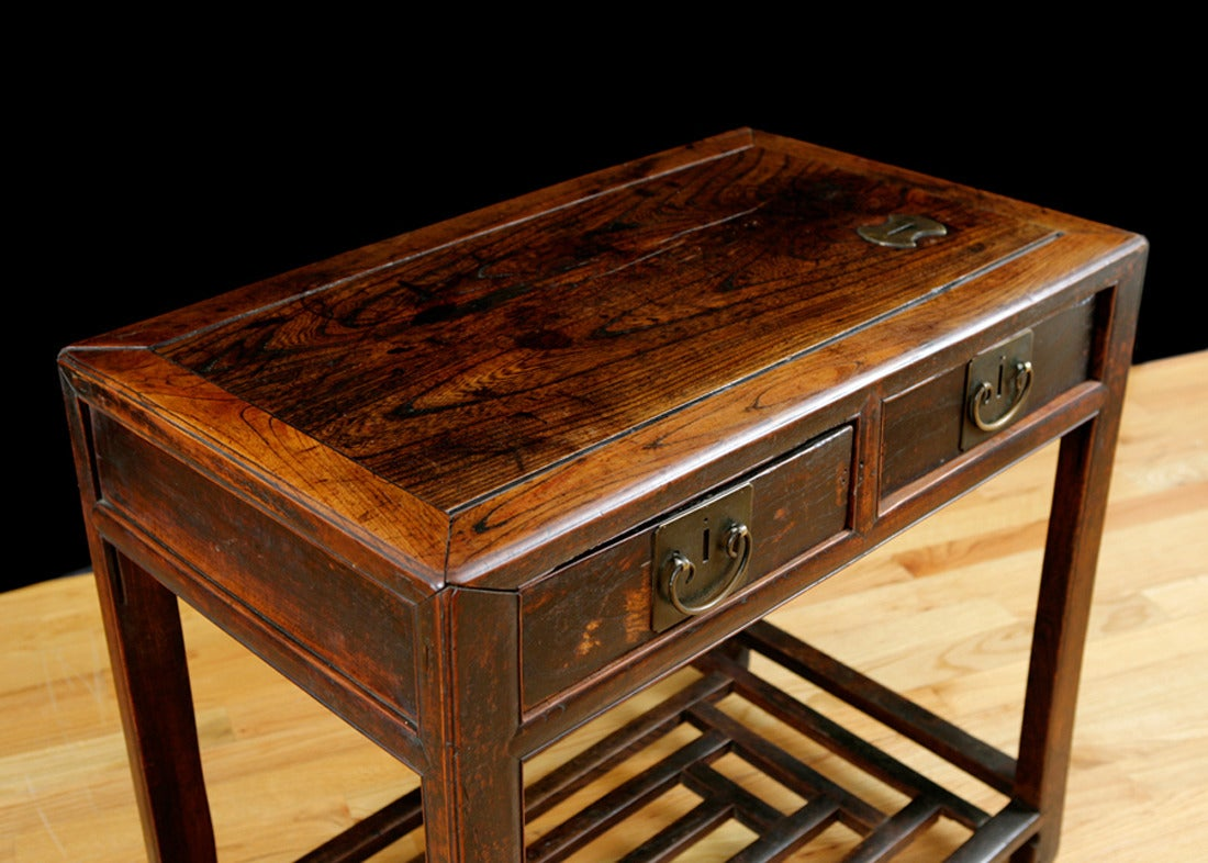Lacquered Chinese Table in Elm with Original Cinnabar Lacquer, circa 1790 Qing Dynasty For Sale