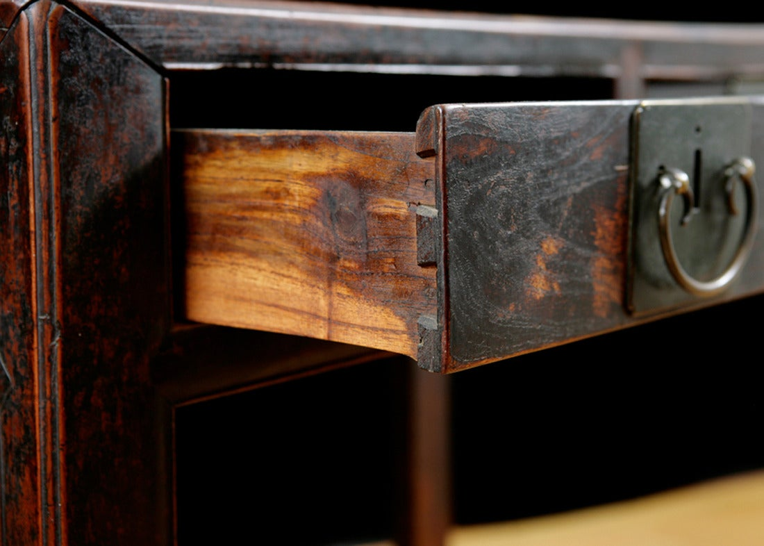 18th Century Chinese Table in Elm with Original Cinnabar Lacquer, circa 1790 Qing Dynasty For Sale