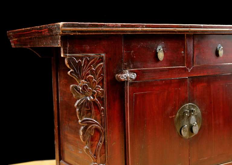 Elm 19th Century Chinese Provincial Red Lacquered Cabinet from the Qing Dynasty For Sale