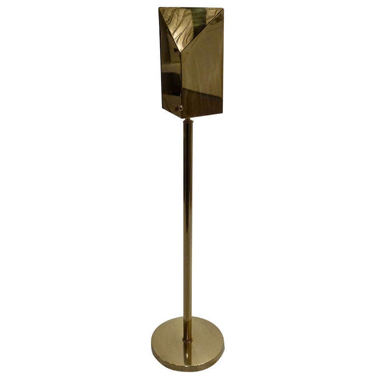 Brass Wall Washer Floor Lamp at 1stdibs