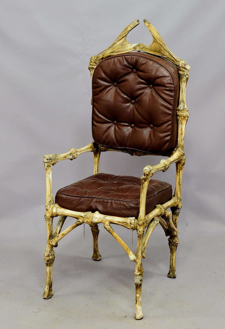 A Great Piece Of Fantasy Furniture   A Throne Made Of Original Bones From  The Female