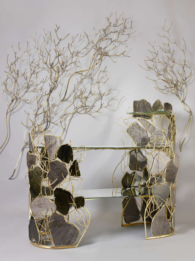 Obsidian Dream Console And Five Decorative Bushes By