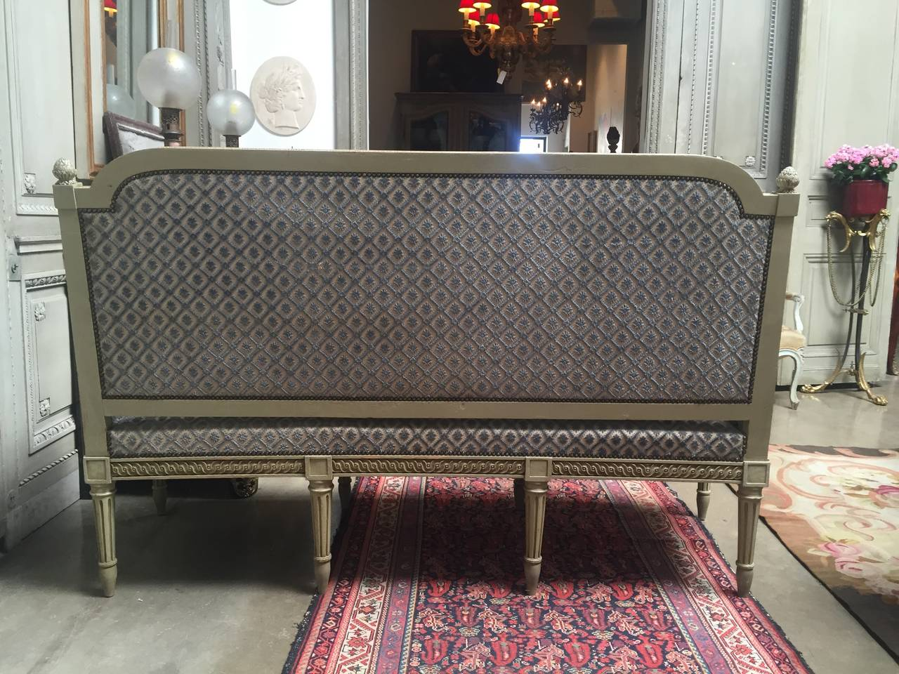 French Louis XVI Style Painted Sofa In Good Condition For Sale In Dallas, TX