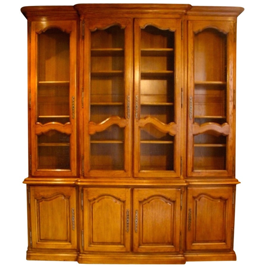 french louis xv style oak bibliotheque for sale at 1stdibs. Black Bedroom Furniture Sets. Home Design Ideas