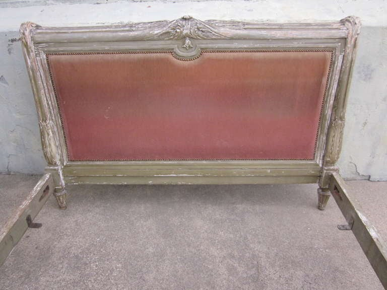 French 19th Century Louis XVI Style Painted Bed For Sale 1