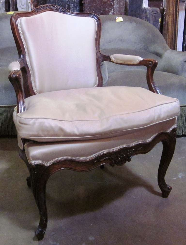 Set of Four 18th Century Italian Rococo Armchairs In Good Condition For Sale In Dallas, TX