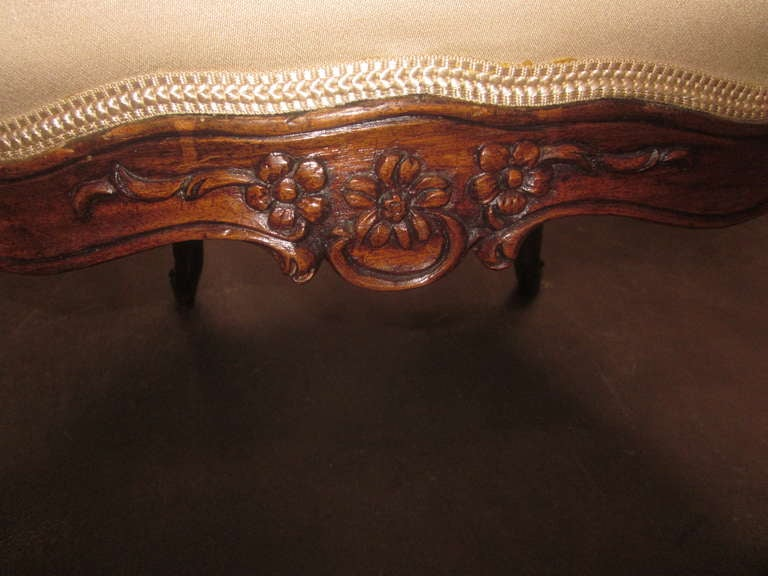 Set of Four 18th Century Italian Rococo Armchairs For Sale 2