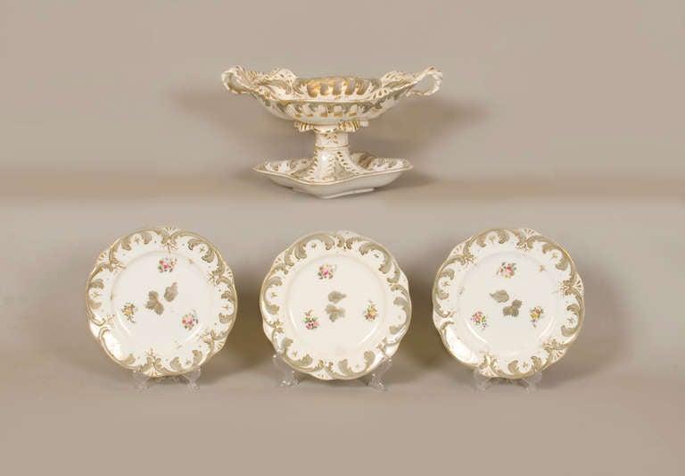 George IV Early 19th Century Rockingham Porcelain Dessert Service, circa 1835 For Sale