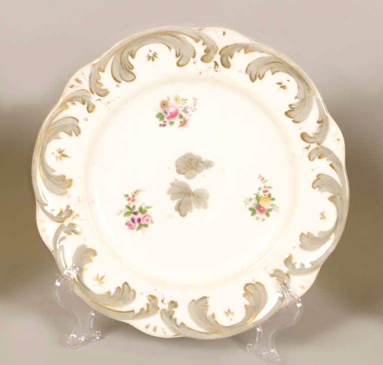Early 19th Century Rockingham Porcelain Dessert Service, circa 1835 For Sale 3