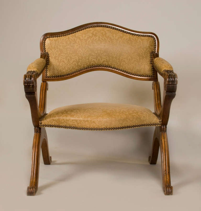 19th Cent. Metamorphic Low Chair / Prayer Stool / Prie Dieu In Good Condition For Sale In San Francisco, CA