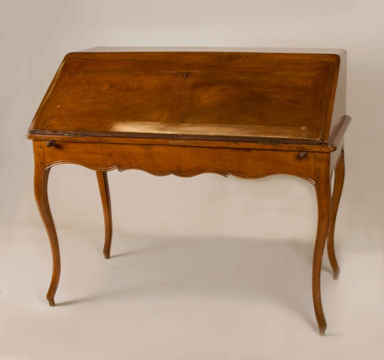 Louis XV Mid 19th Century French Writing Table/ Desk For Sale