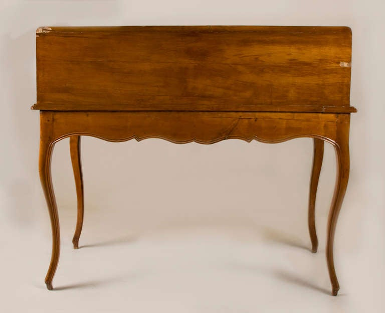 Mid 19th Century French Writing Table/ Desk In Good Condition For Sale In San Francisco, CA
