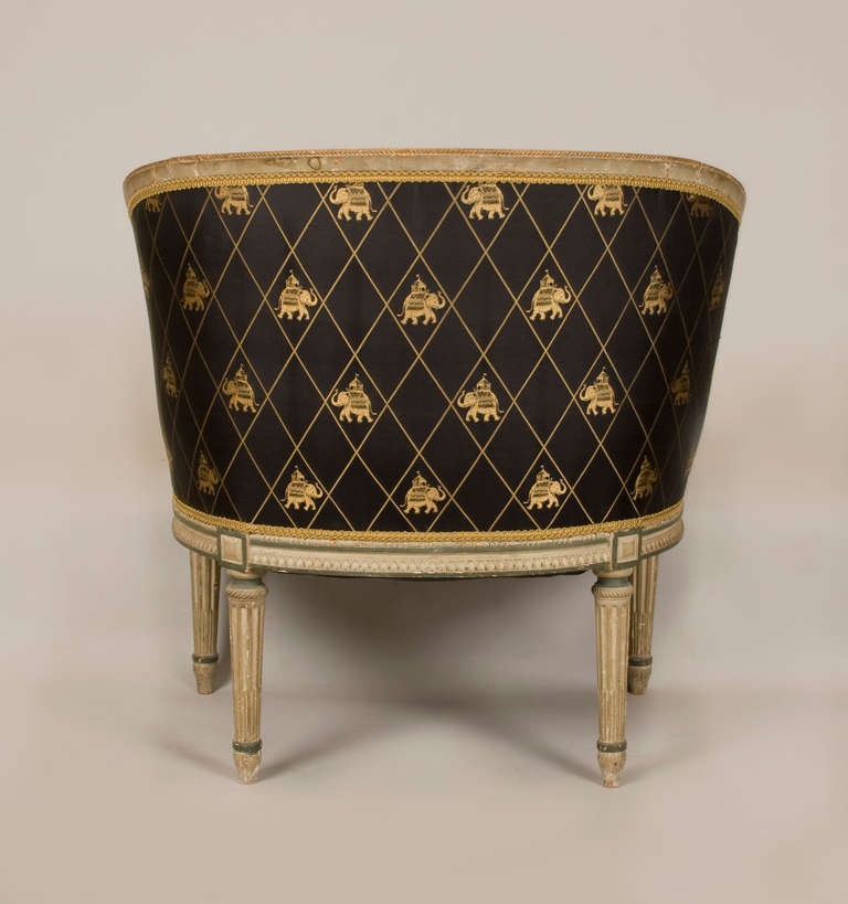 Hand-Carved Late 18th-Early 19th Century Directoire Bergere For Sale