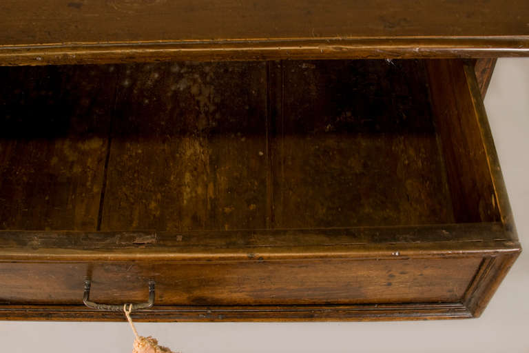 Walnut Late 17th-Early 18th Century Italian Table with One Drawer For Sale