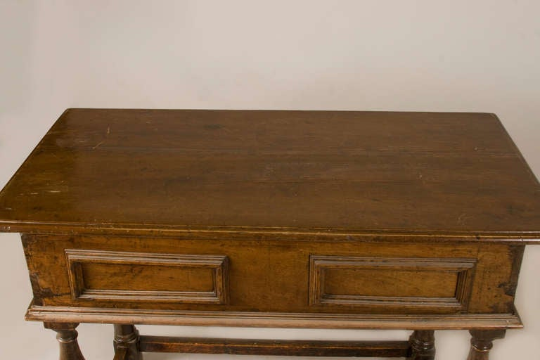 Baroque Late 17th-Early 18th Century Italian Table with One Drawer For Sale