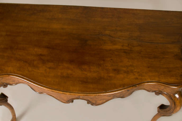 Carved 18th Century Walnut Console from the Emilia For Sale