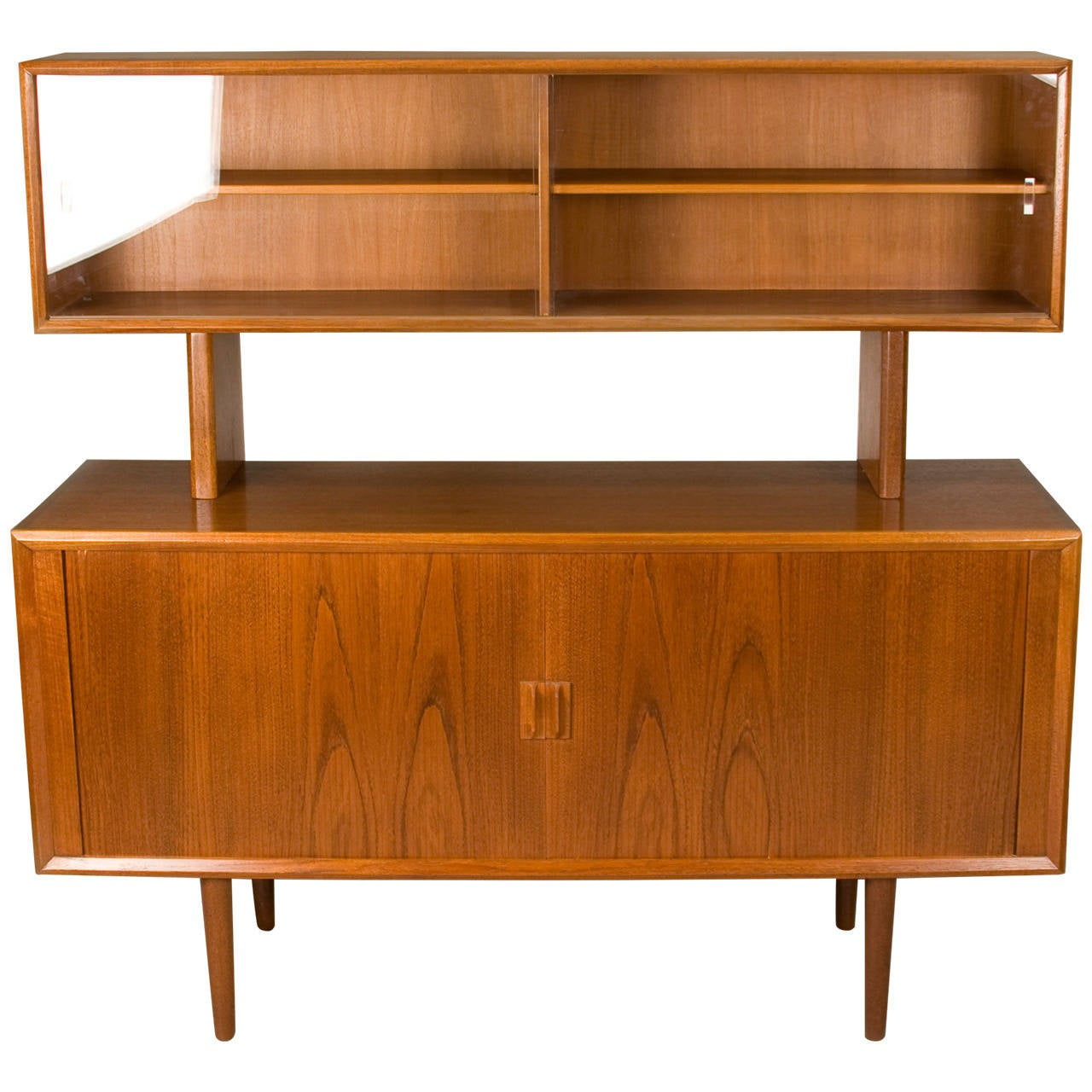 Mid century teak sideboard hutch by svend aage larsen for for Sideboard hoch