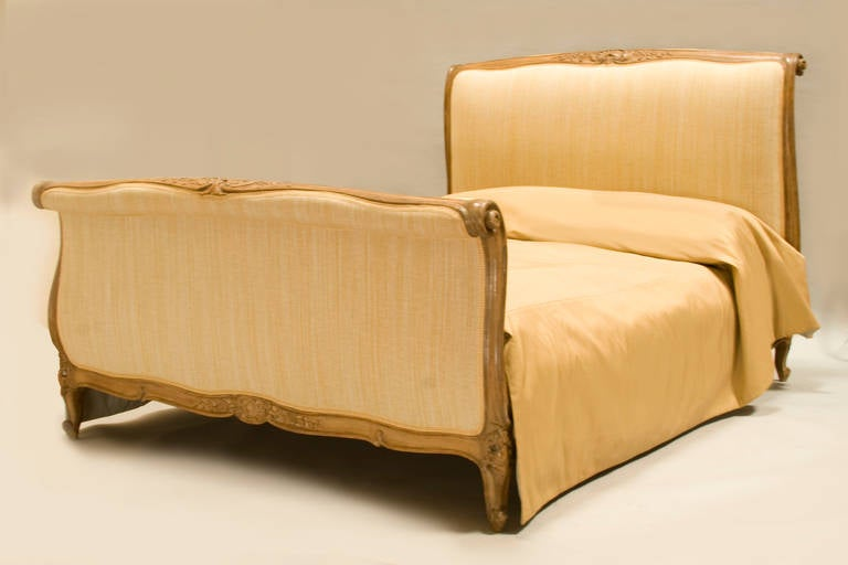 louis xv style walnut queensize wood and upholstery sleigh bed 3