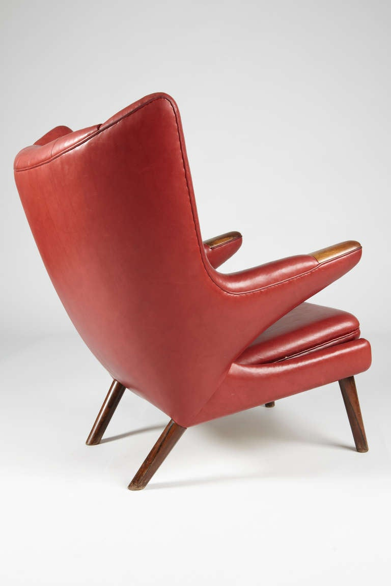 Rare Hans Wegner Papabear Chair In Leather With Rosewood