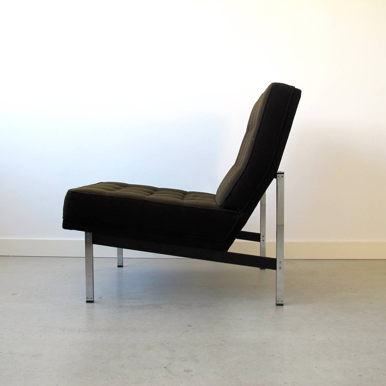 Metal Pair of Parallel Bar Lounge Chairs by Florence Knoll, circa 1955