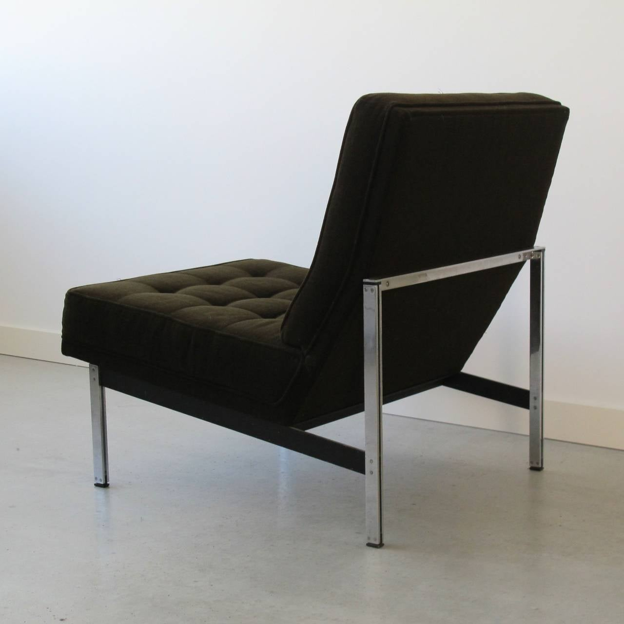 Mid-20th Century Pair of Parallel Bar Lounge Chairs by Florence Knoll, circa 1955