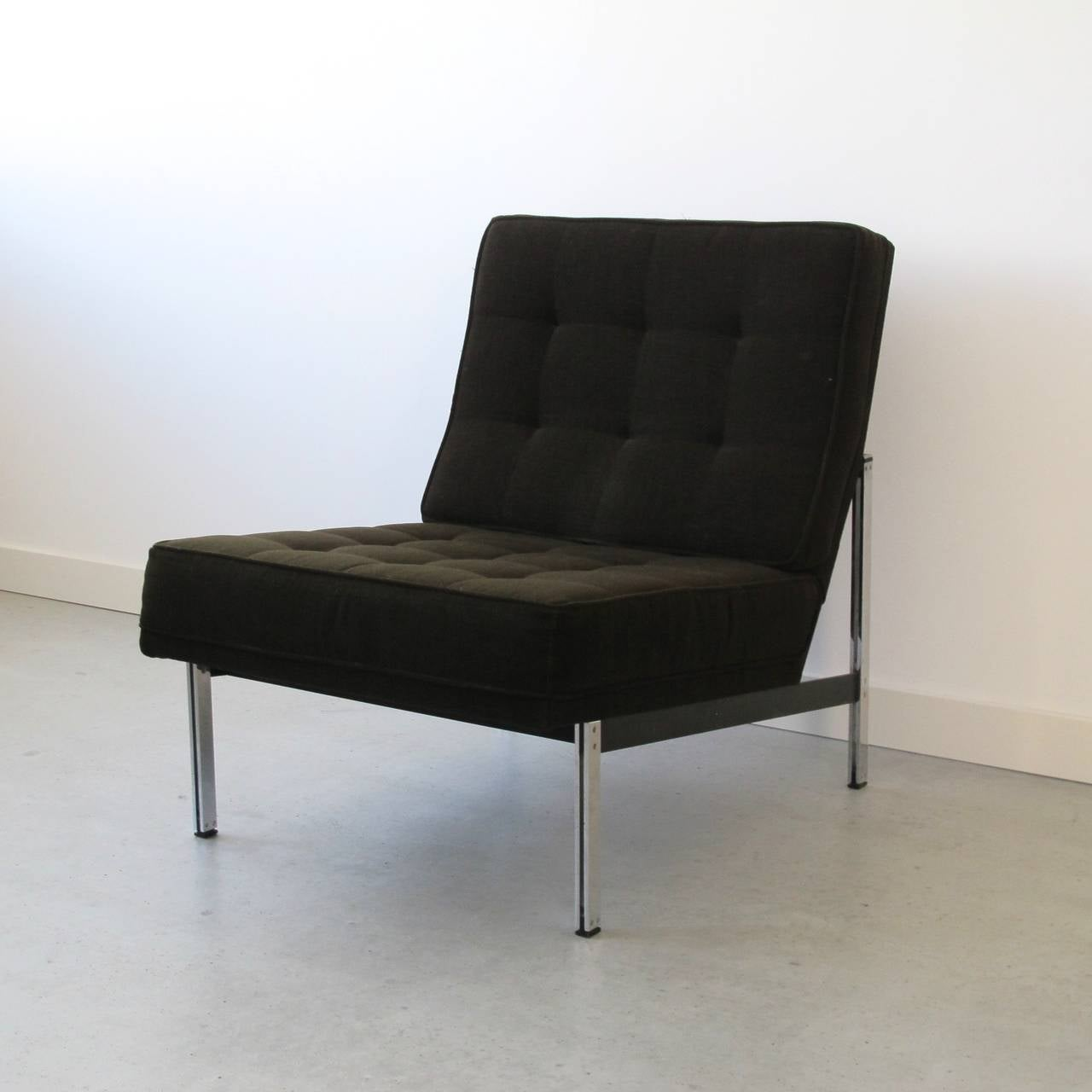 Lacquered Pair of Parallel Bar Lounge Chairs by Florence Knoll, circa 1955