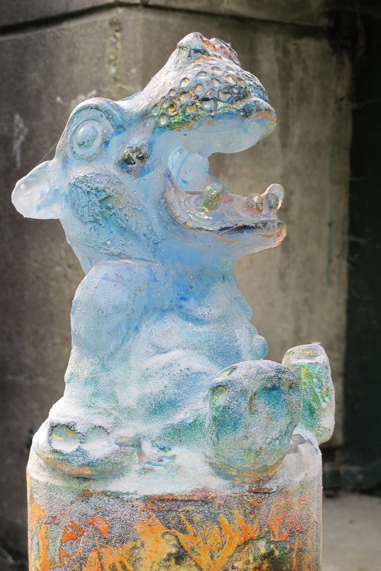Modern Glass Sculpture of a Laughing Hippo by Antoon van Wijk For Sale 3