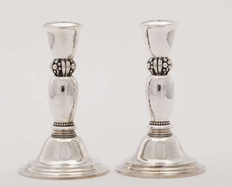 beautiful pair of art deco silver candlesticks 492 by. Black Bedroom Furniture Sets. Home Design Ideas
