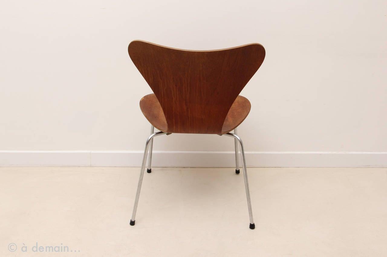 series 7 chair designed by arne jacobsen edited by fritz hansen 1966 at 1stdibs. Black Bedroom Furniture Sets. Home Design Ideas