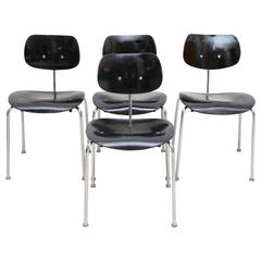 Set of Four SE 68 Chairs by Egon Eiermann Produced by Wilde & Spieth, 1950s